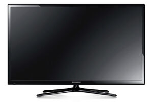 "52"" SAMSUNG PLASMA TV - BASICALLY BRAND NEW"