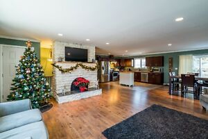 OPEN HOUSE - 128 Thacker Cres - Sunday Dec 11th 2:00-3:30