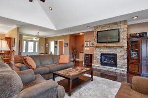 Prestigious country living only 5 minutes from Canadian Tire Cen