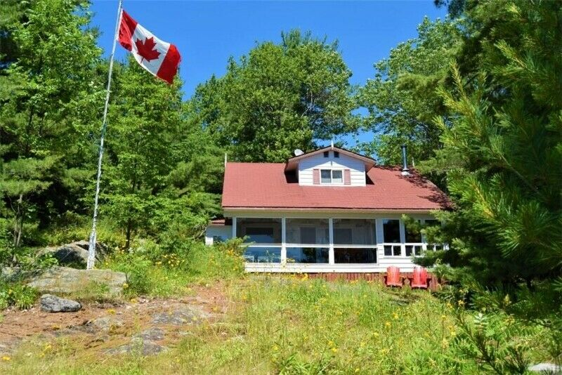 4 bdrm, 1 .5 bath Cottage w Boathouse for Sale in ...