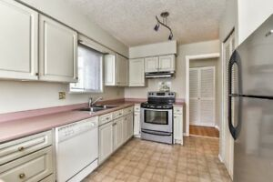 CLOSE TO SCHOOL & SHOPPING! 4 Bedroom North Delta House for Rent