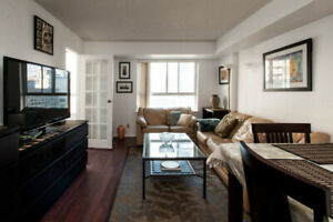 Furnished 1 BD Unit At The Heart Of Downtown Toronto (Bay st and