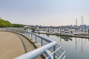 MarinaSide Crescent - 1 Bdrm+Den - Best Water and Marina Views