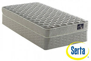 "Serta ""Luxury Lodge"" Full Mattress Set"