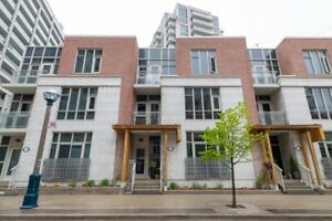 Gorgeous 4 B + 2.5 B condo-townhouse in Toronto - $4,500