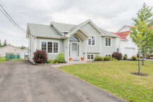 171 BULMAN DR. POPULAR MONCTON NORTH! VACANT & PRICED TO SELL!
