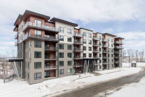 New Condo with Quick Commuter Access - #308-300 Essa Rd, Barrie