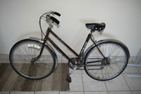 Woman 7-speed, old-style bike for sell !!