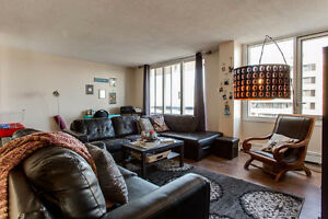 Wake Up to Stunning City Views!! Edmonton Edmonton Area image 4