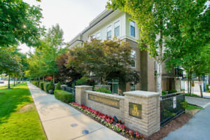 3 BEDROOM TOWNHOUSE IN SOUTH SURREY