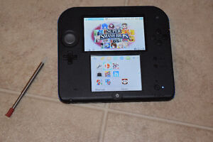 *softmodded* Brand New BLUE 2DS w/ Charger, 32Gb SD, 21 games