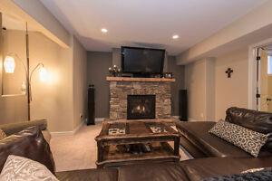 A spectacular 5 bedroom custom built home in Summerstown Estates Cornwall Ontario image 11