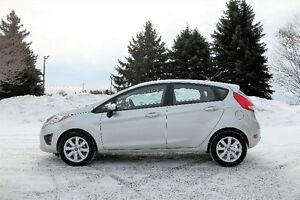 2013 Ford Fiesta SE- Hatchback  ** ONLY 73K & 4 New Snow Tires!!