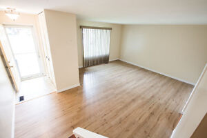 Short lease near St. Lawrence college! 5 Bedroom on WOODSTONE ST
