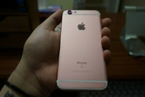 iphone 6s Rosegold Factory Unlocked 128gb
