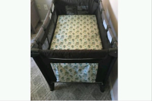 Safety 1st lux playard