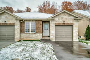 1 year old house $379,900 in Welland