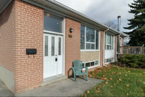 3+2 Bedroom Bungalow - Rarely Offered!