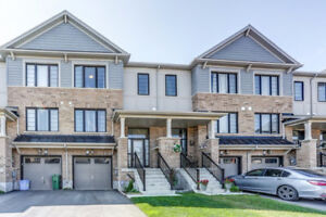Beautiful Stoney Creek Townhouse For Sale!!