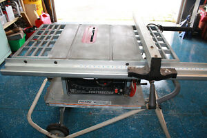 DELTA 10 INCH CAST IRON TABLE SAW