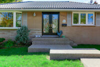 3 bedroom/2 washroom detached bungalow for rent near Lakeshore