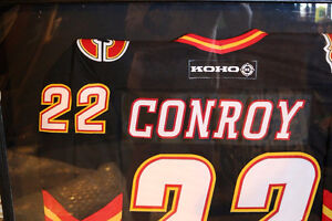AUTHENTIC CRAIG CONROY #22 CALGARY FLAMES SIGNED FRAMED JERSEY Moose Jaw Regina Area image 2