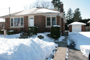 3 bedroom bungalow in Niagara Falls