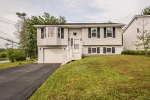 NEW PRICE GREAT family home- 2 Yarding