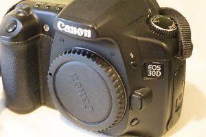 Canon 30D DSLR camera body