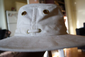 Tilley endurables hemp hat off white 7and 1/4