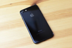 IPhone 7 Black 32G for Sale ~~~