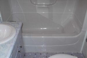 BATHTUB TILE REGLAZE