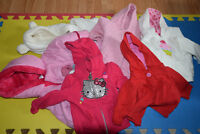 Baby girl clothes (0 to 9 months) and accessories