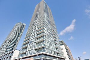 Luxurious Modern 2+1 BR Condo in the heart of Mississauga