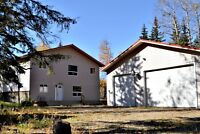 Great home in Drayton Valley (28 Birchwood Country Home)