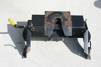 Hijacker SL16 Double Pivot 5th Wheel Hitch