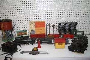 VINTAGE AMERICAN FLYER TRAIN SET