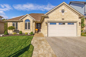 Pristine Bungalow 2638 sq.ft. with in-law!