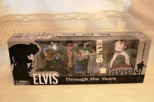 GS ELVIS PRESLEY COLLECTIBLE ITEMS NEW IN BOXES TONS OF JEWELRY
