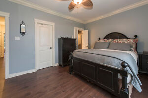 A spectacular 5 bedroom custom built home in Summerstown Estates Cornwall Ontario image 5