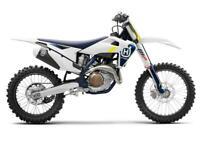 HUSQVARNA FC 450 2022 BRAND NEW MOTOCROSS BIKE EFI (FUEL INJECTION) UK BIKE