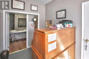 OFFICE/ COMMERCIAL space available  DUNDALK
