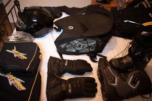 Vêtements de motoneige divers (SUCCESSION)