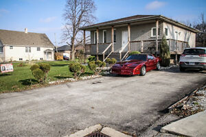 OPEN HOUSE SUN. DEC.4 2-4pm 2284 LONGFELLOW Windsor Region Ontario image 1