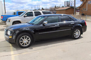 2010 Chrysler 300-Series Limited Edition Sedan