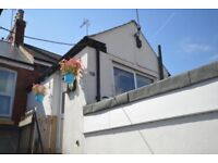 2 bed flat - Exmouth