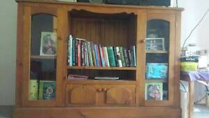 Timber TV/display cabinet Cronulla Sutherland Area Preview