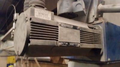 1326AB-B420E-21 servo motor reliance electric allen bradley USED