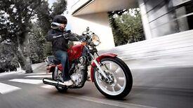 Yamaha Ybr125 Custom legal learner bike as new. Move forces sale. 140 genuine miles