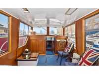 1-bed newly refurbished houseboat for rent 3 mins from Canary Wharf